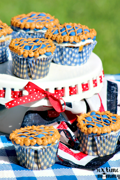 Celebrate The 4th Of July With Blueberry Pie Cupcakes