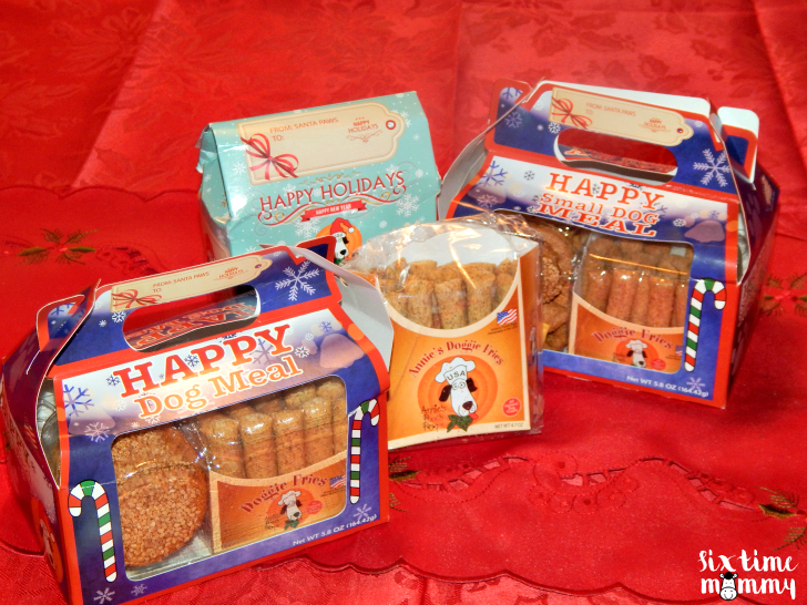 Spoil Your Pups This Holiday Season With The Help Of Annie's Pooch Pops