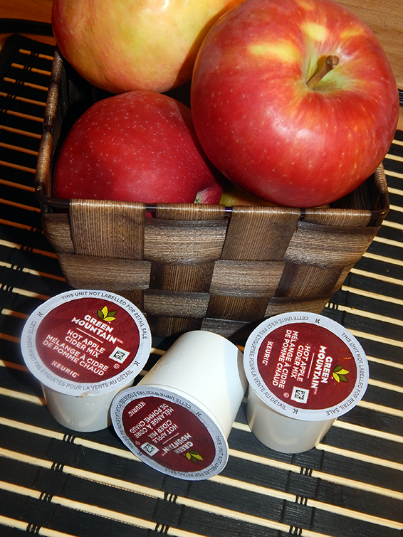 Dive Into Fall With Delicious Green Mountain Hot Apple Cider Mix & Make Memorable Moments Count #MemorableMoments