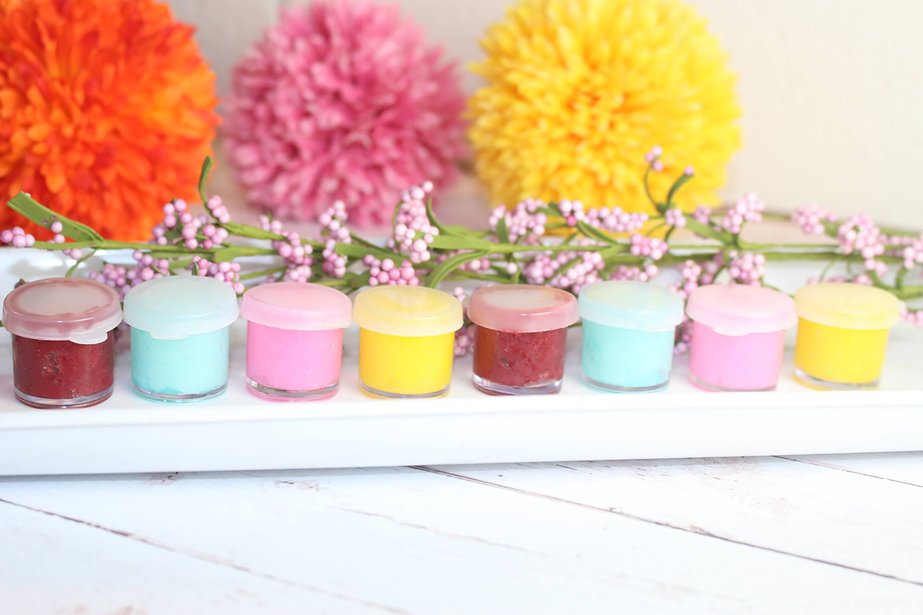 Quick and Easy 5 Minute DIY Lip Balm