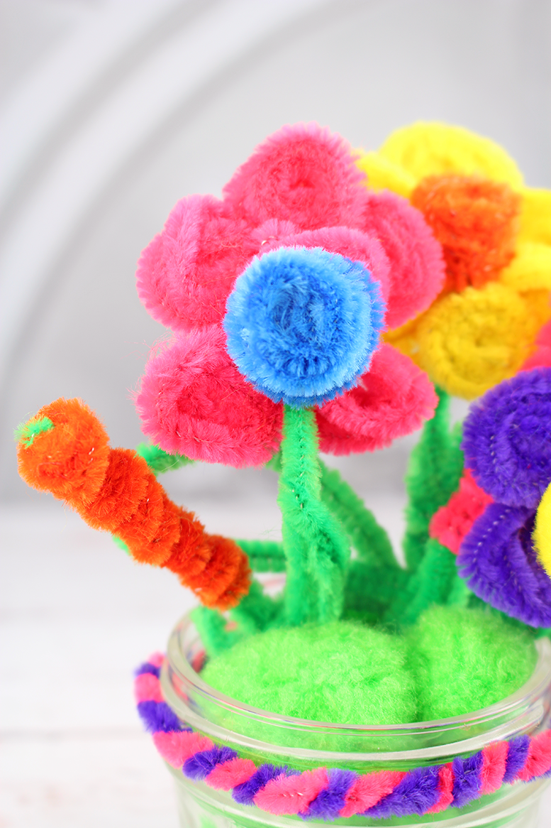 Give Mom Flowers That Last Forever: Easy Mother's Day Craft