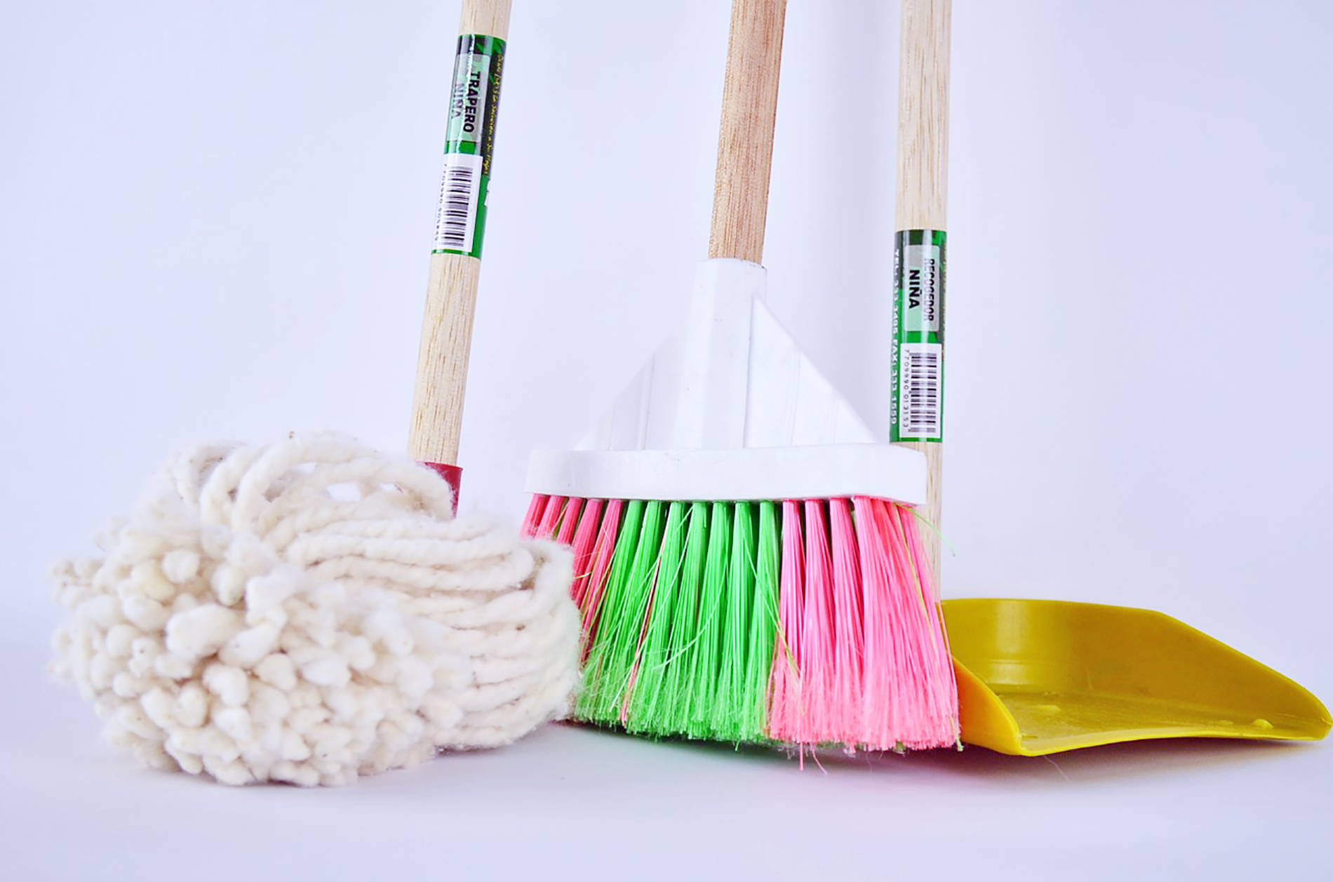 15 Places People Forget To Clean In The Home