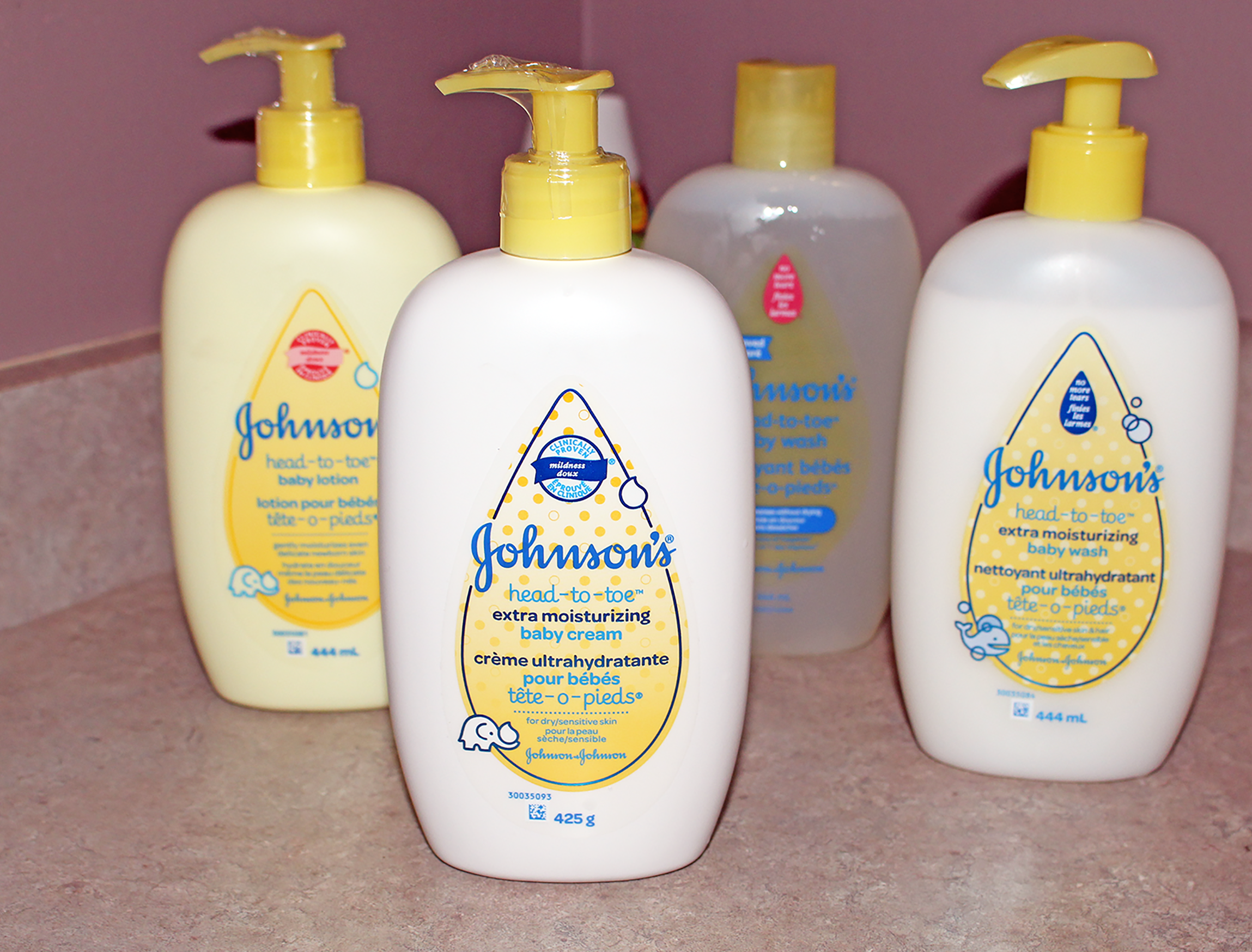 Make Bedtime Easy With JOHNSON'S HEAD-TO-TOE
