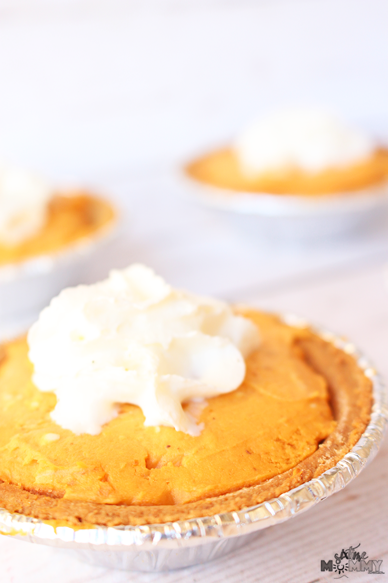 Family Game Night With Mini Cream Cheese Pumpkin Tarts + GIVEAWAY #BornOnTheFarm