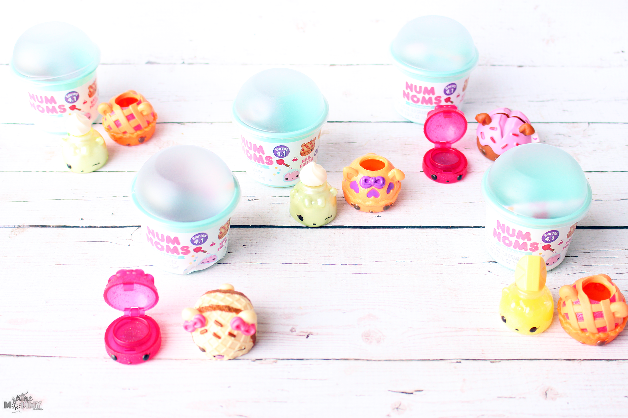 Give the Gift of Creative Play With Num Noms Series 4.1: Fun Christmas Gifts for 3+