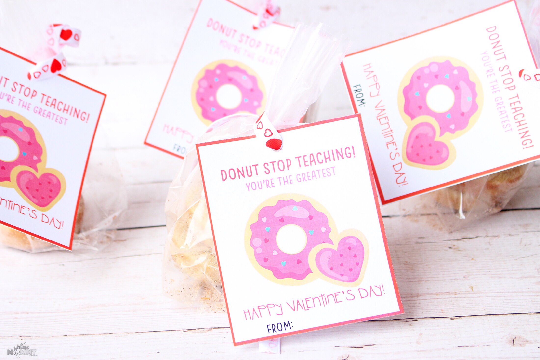 Valentine's Cards + Treats for Teachers With FREE Printable!