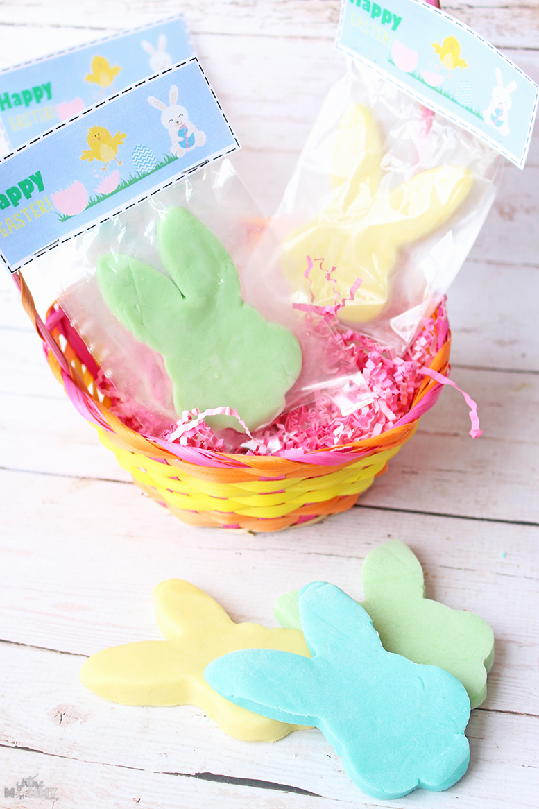 Non-Candy Easter Treats for the Whole Class + FREE Printable Card