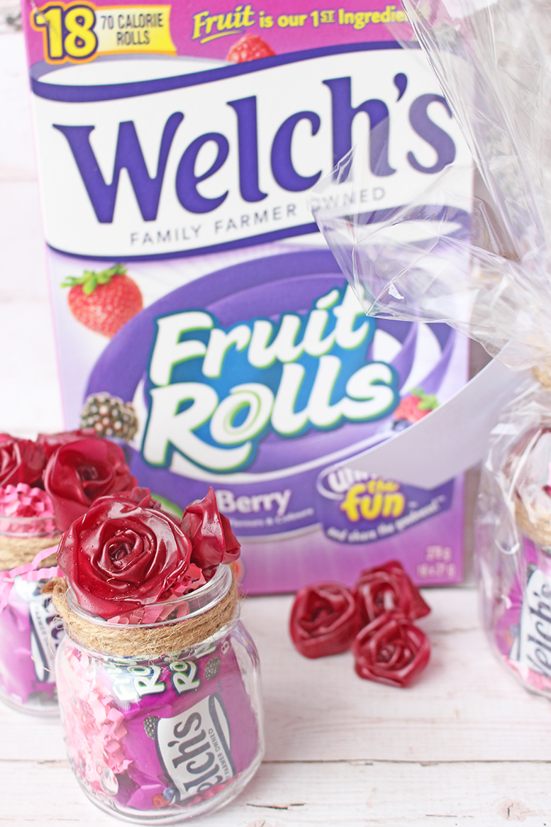 "Saying ""Thank You!"" With Help From Welch's® Fruit Rolls + FREE Printable Thank You Card"
