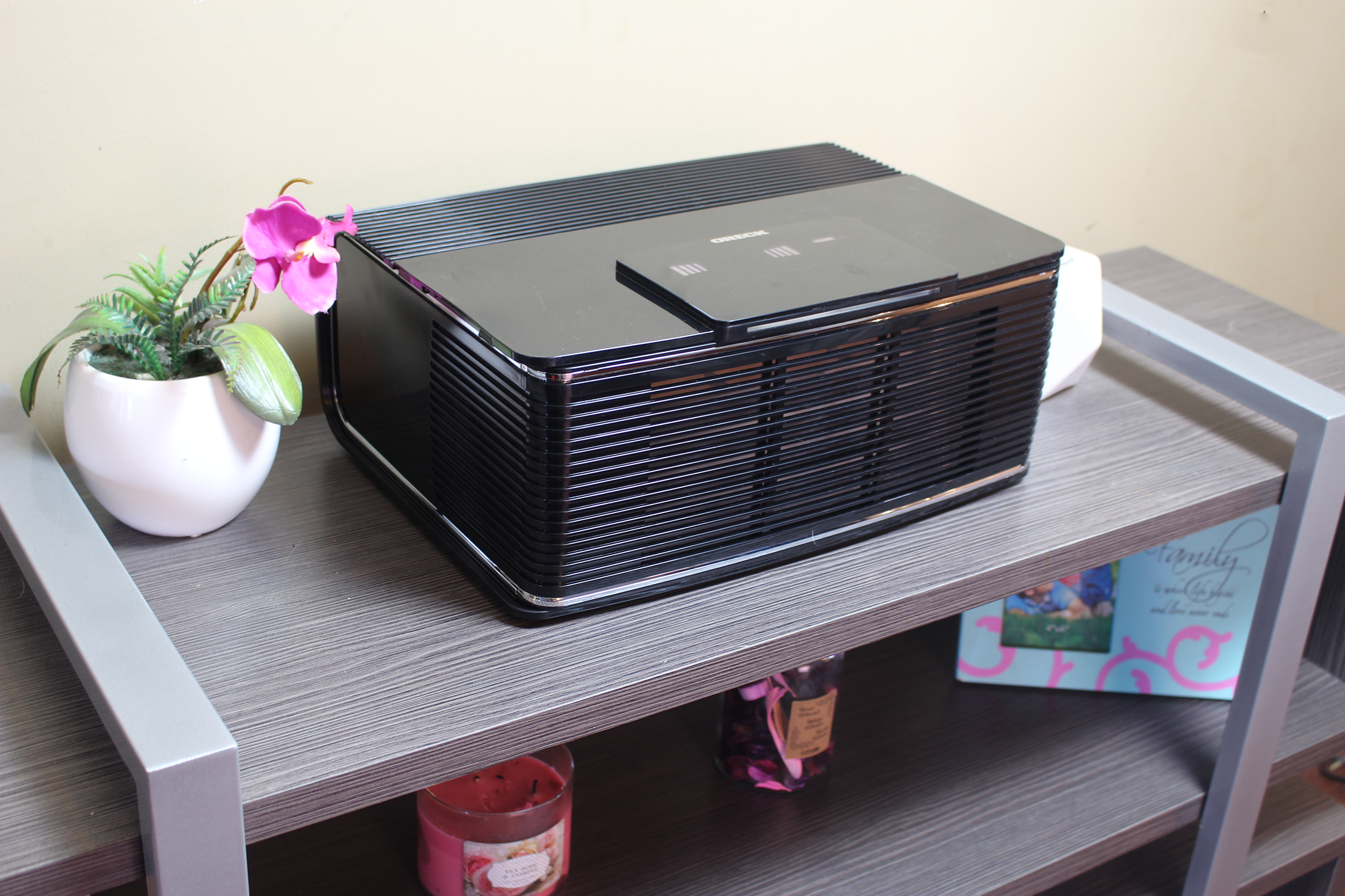 Keep Your Home Fresh With the Oreck Tru Response Air Purifier + GIVEAWAY!