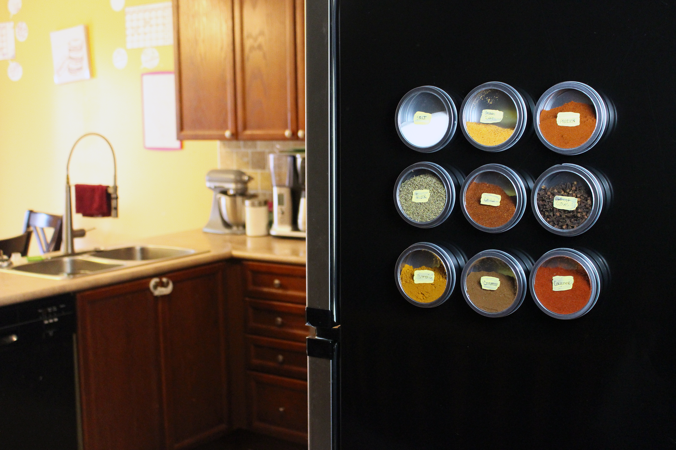 How to Organize Your Spices in a Very Functional Way