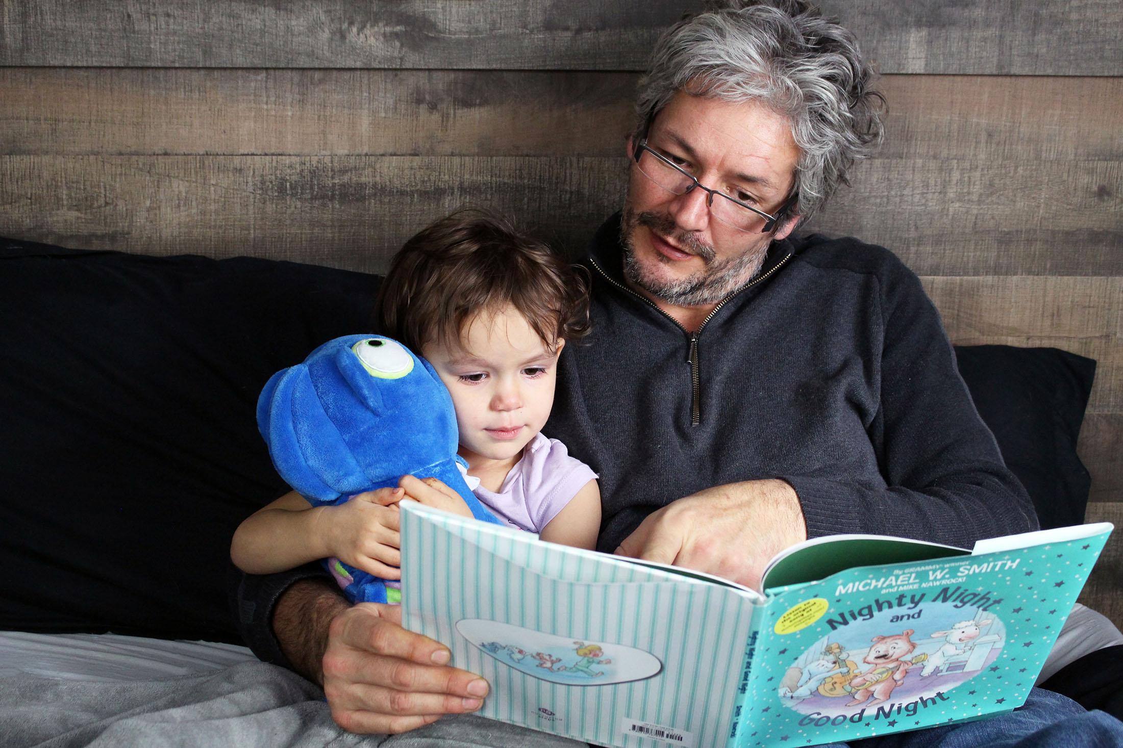 Toddler Bedtime Tips + Nurturing Steps Series Sleepy Kit Giveaway