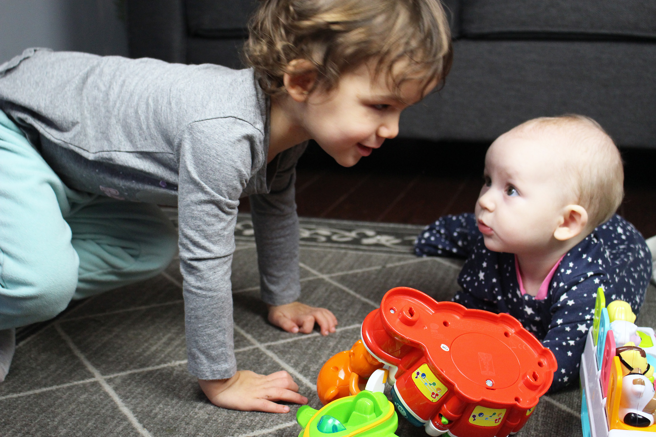 Tips on How to Teach a Toddler to Share