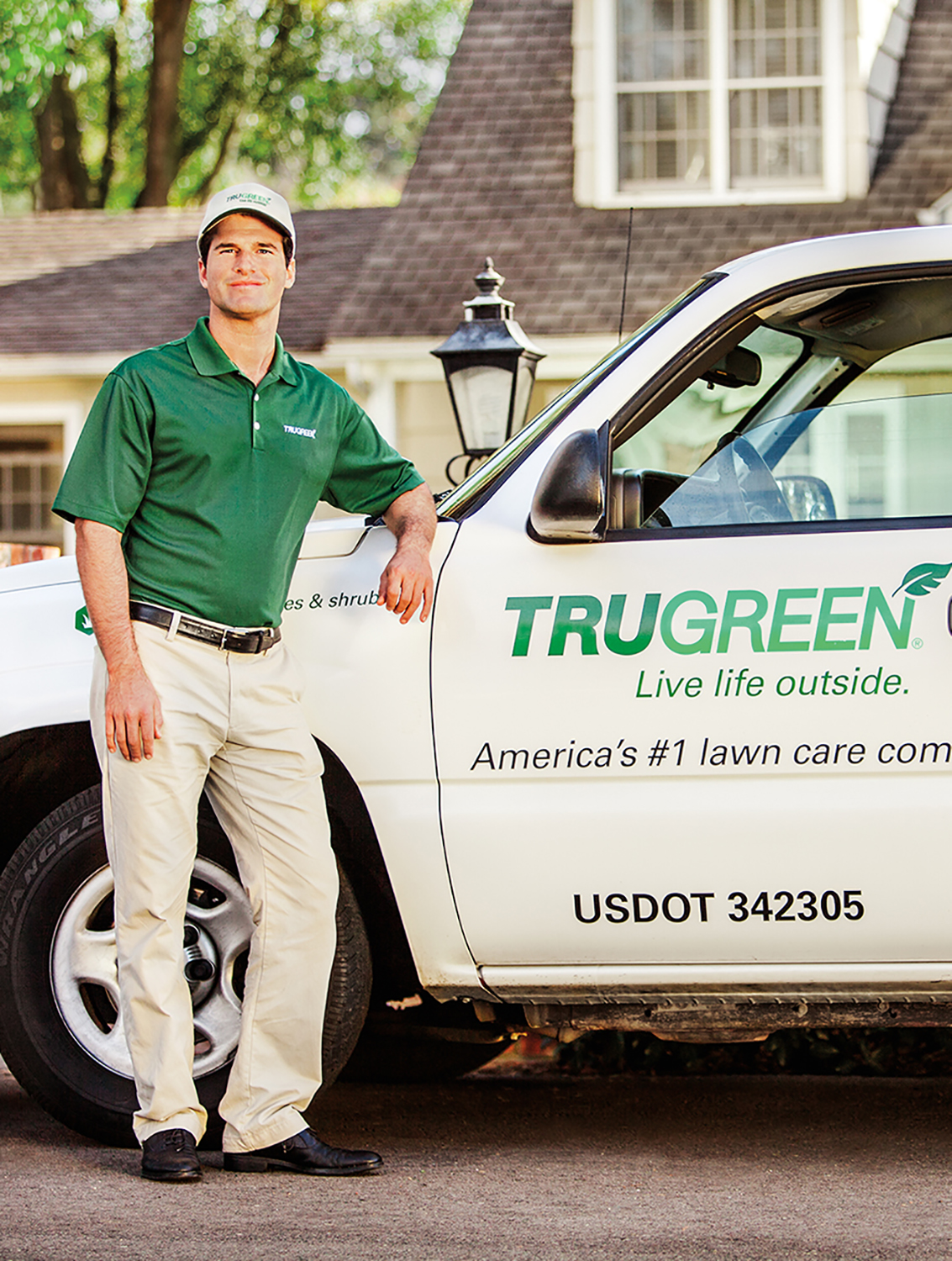 We All Need a Dreamy Backyard This Spring: Get it With TRUGREEN