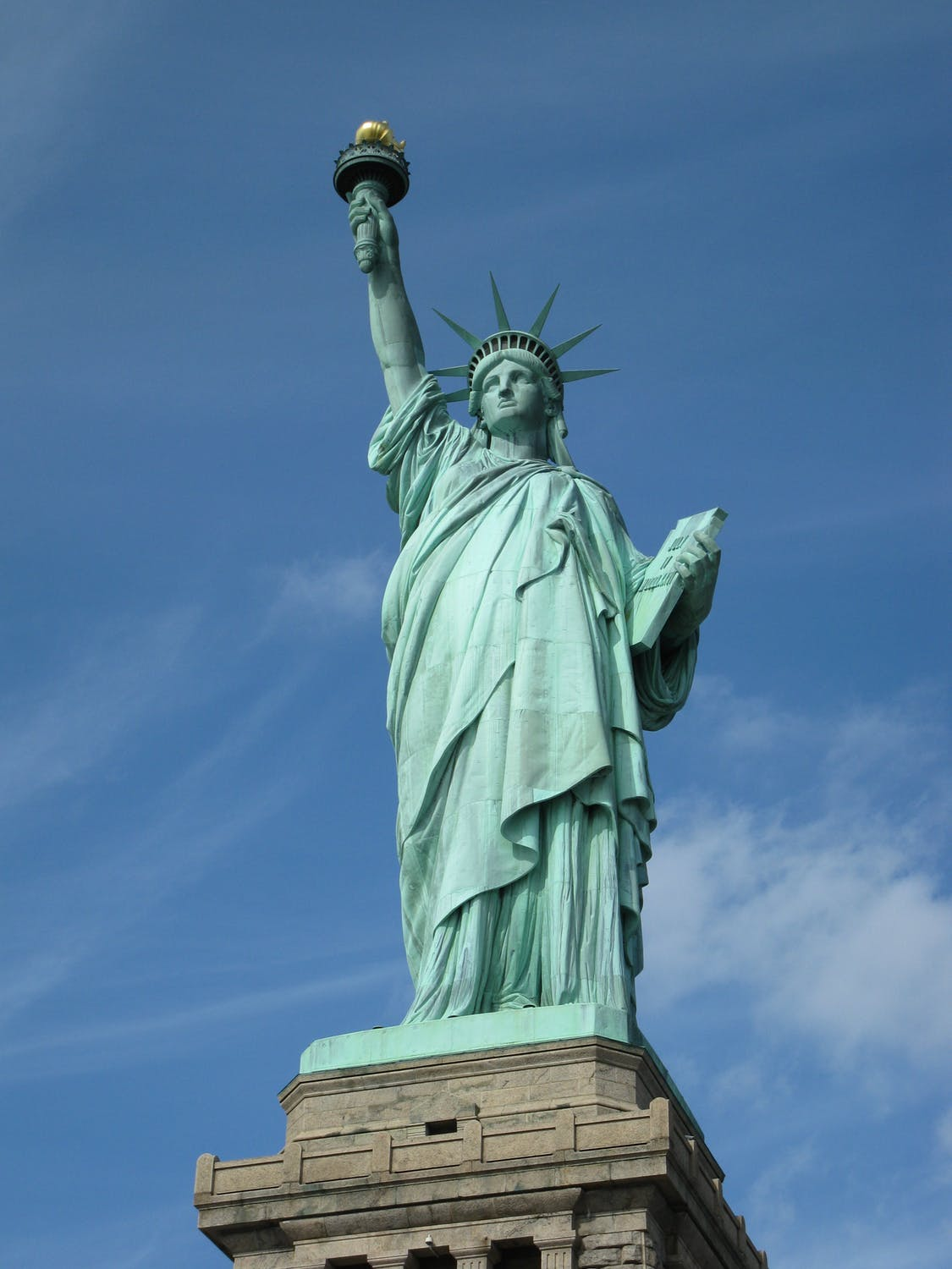 Visiting the Statue of Liberty: Don't Get Scammed by TOURS R US!