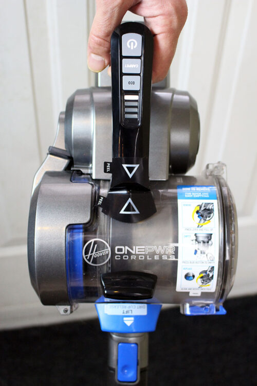 Dirt Collection No Longer a Problem: Hoover ONEPWR: BLADE+