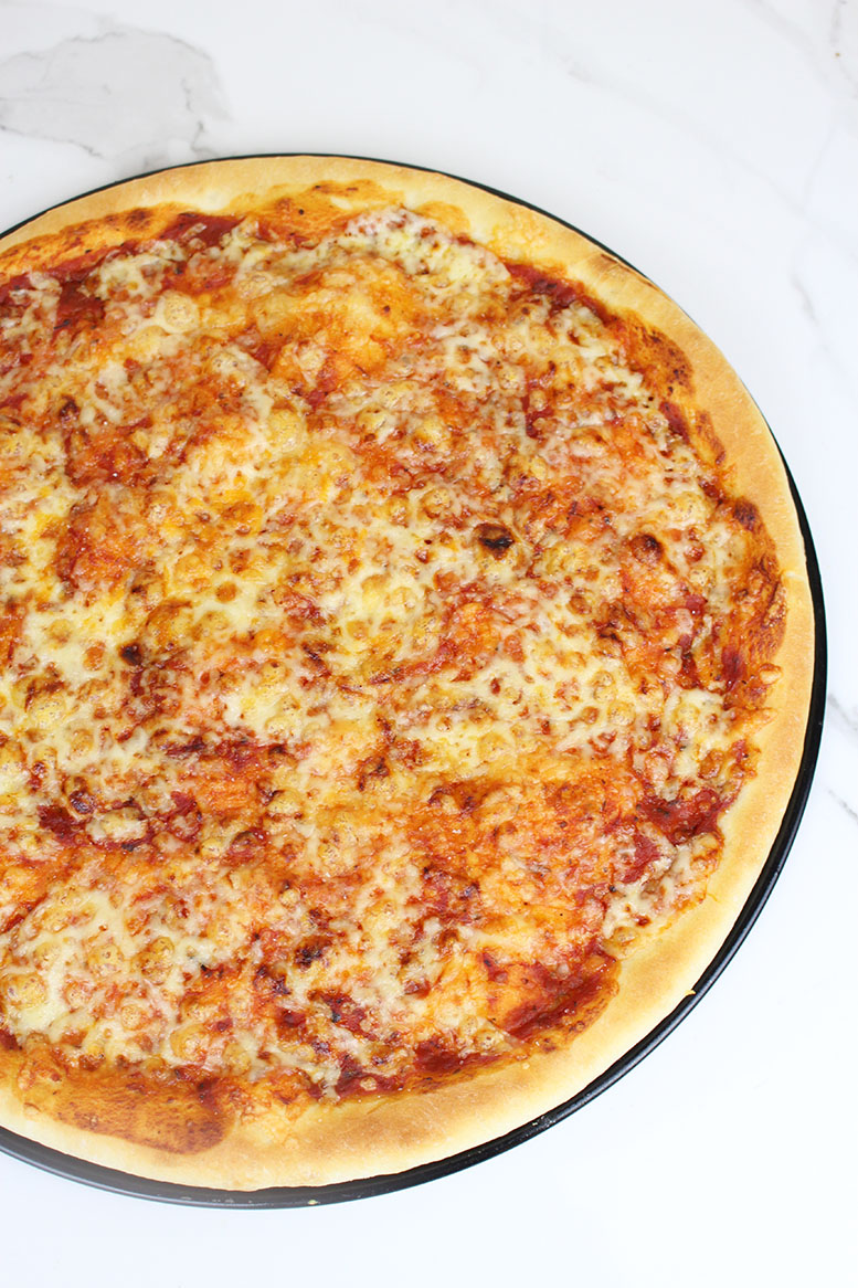 Quick and Easy Cheese Pizza Recipe