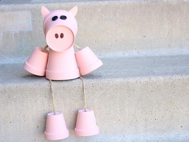 DIY Terracotta Pot Front Porch Piggy