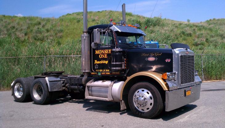 Monsey One Trucking black