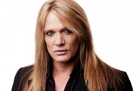 Fans Call For Sebastian Bach To Replace Vince Neil In Mötley Crüe