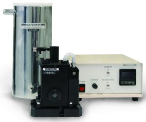 Vacuum free cryostat for liquid samples