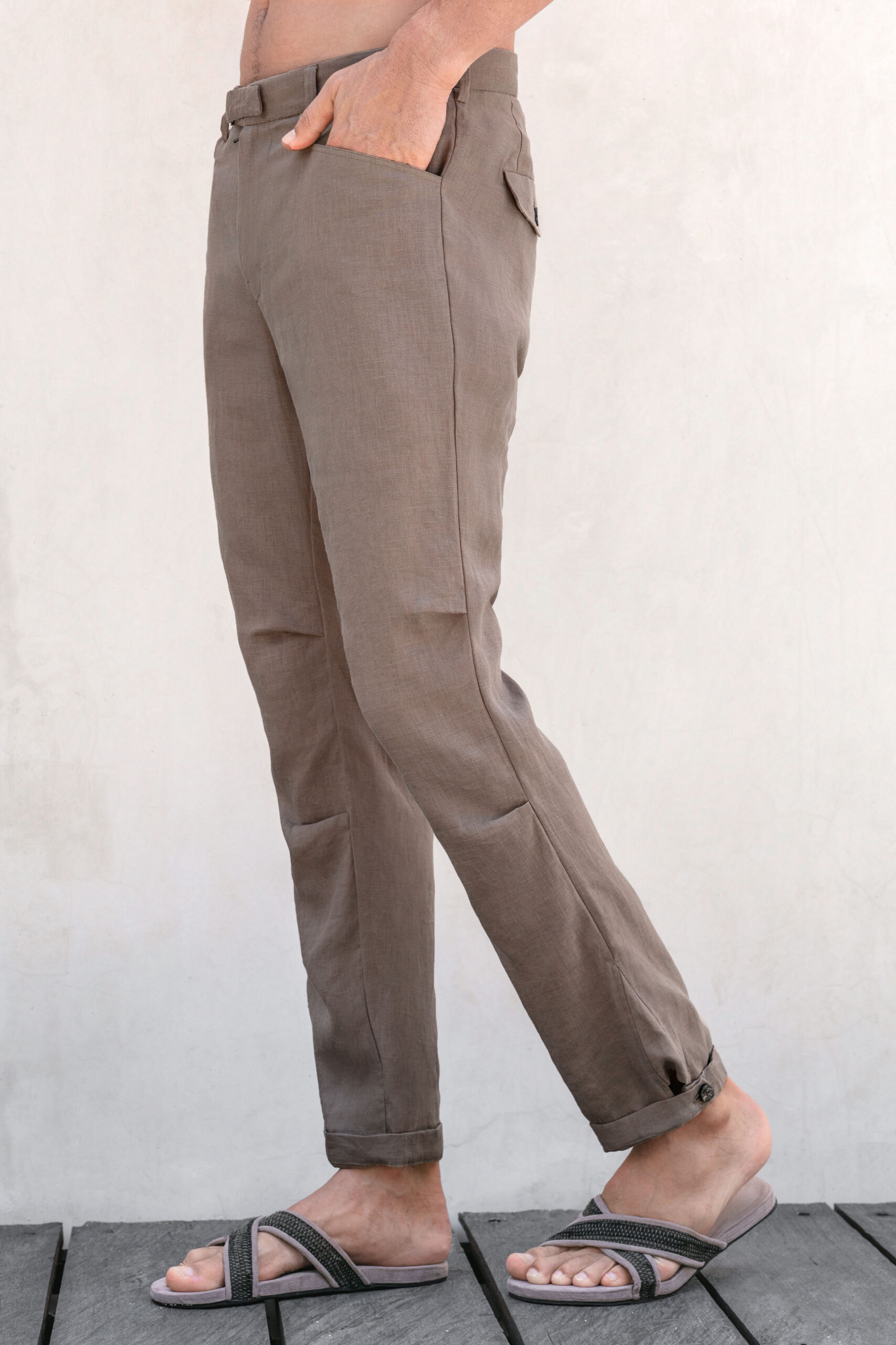 Abr knee darted linen pants brown