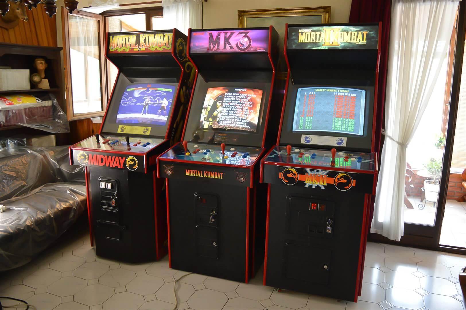 Mortal Kombat Arcades