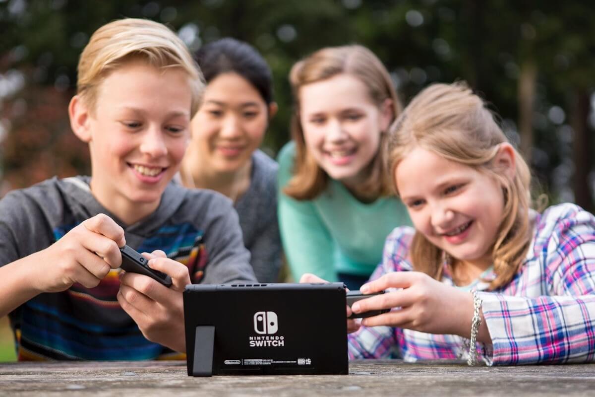 Nintendo Switch niños jugando