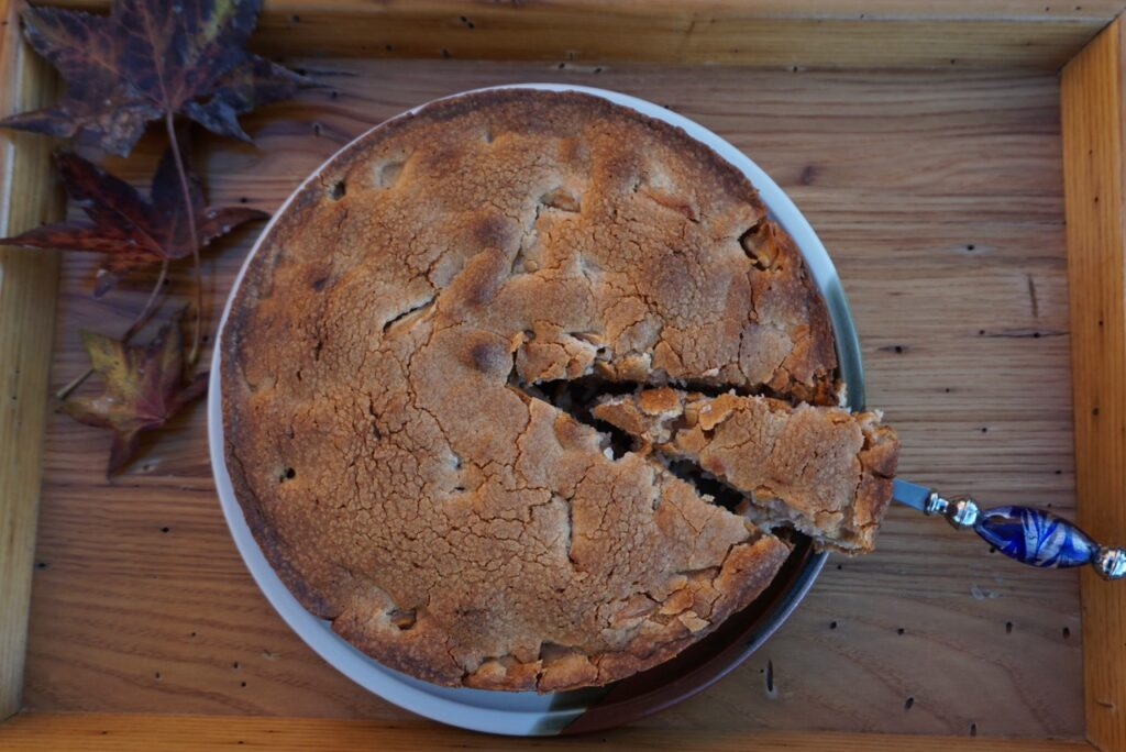 Easy as Pie Apple Cake