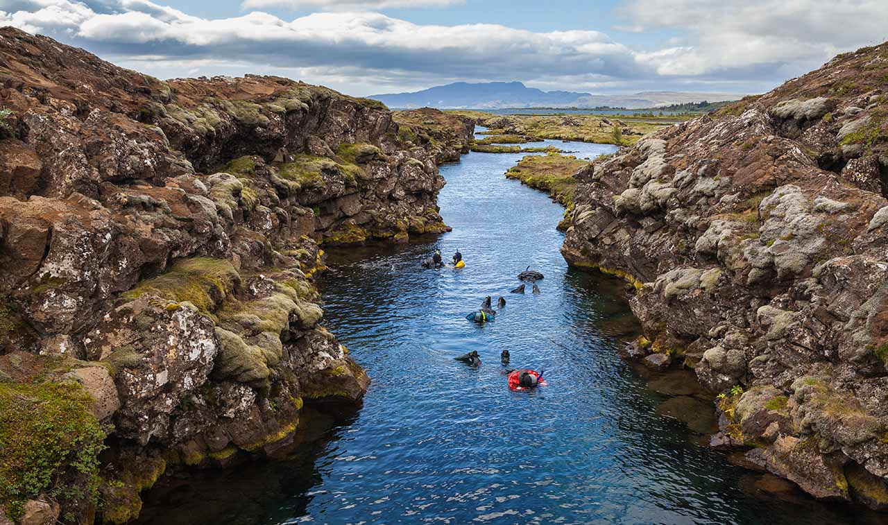 Iceland snorkeling tectonic plates