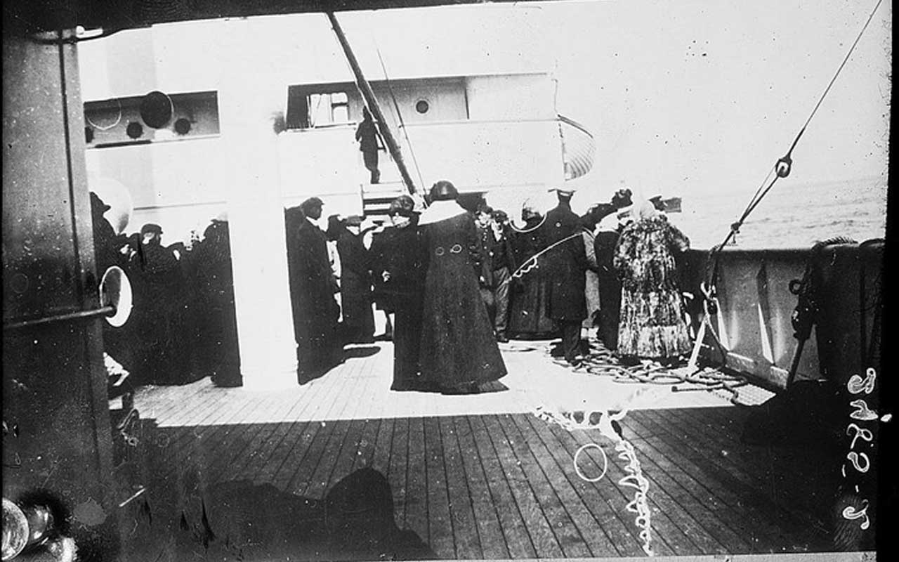Survivors aboard the Carpathia