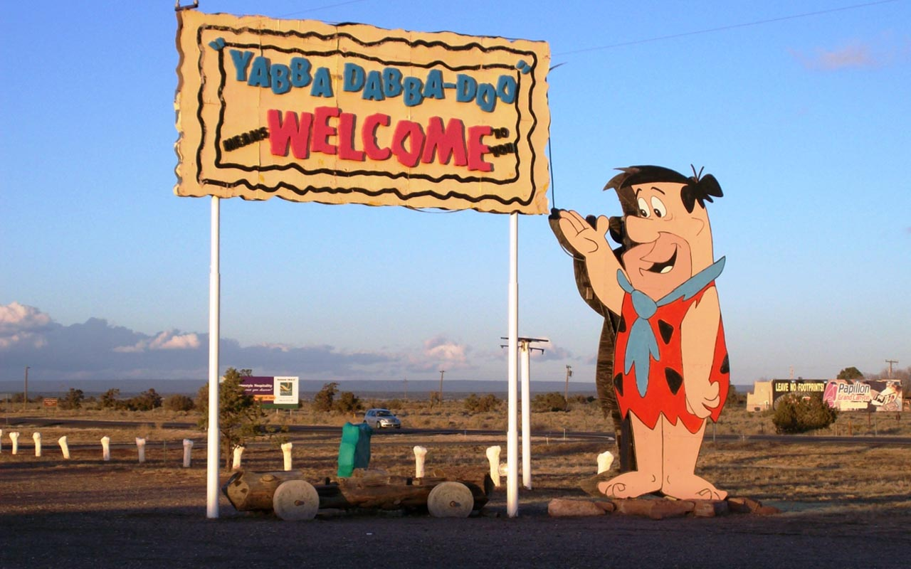 Flintstones, theme park, creepy, eerie, oldie, cartoon network