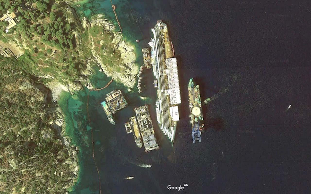 Costa Concordia, ship, shipwreck, ocean, beach,