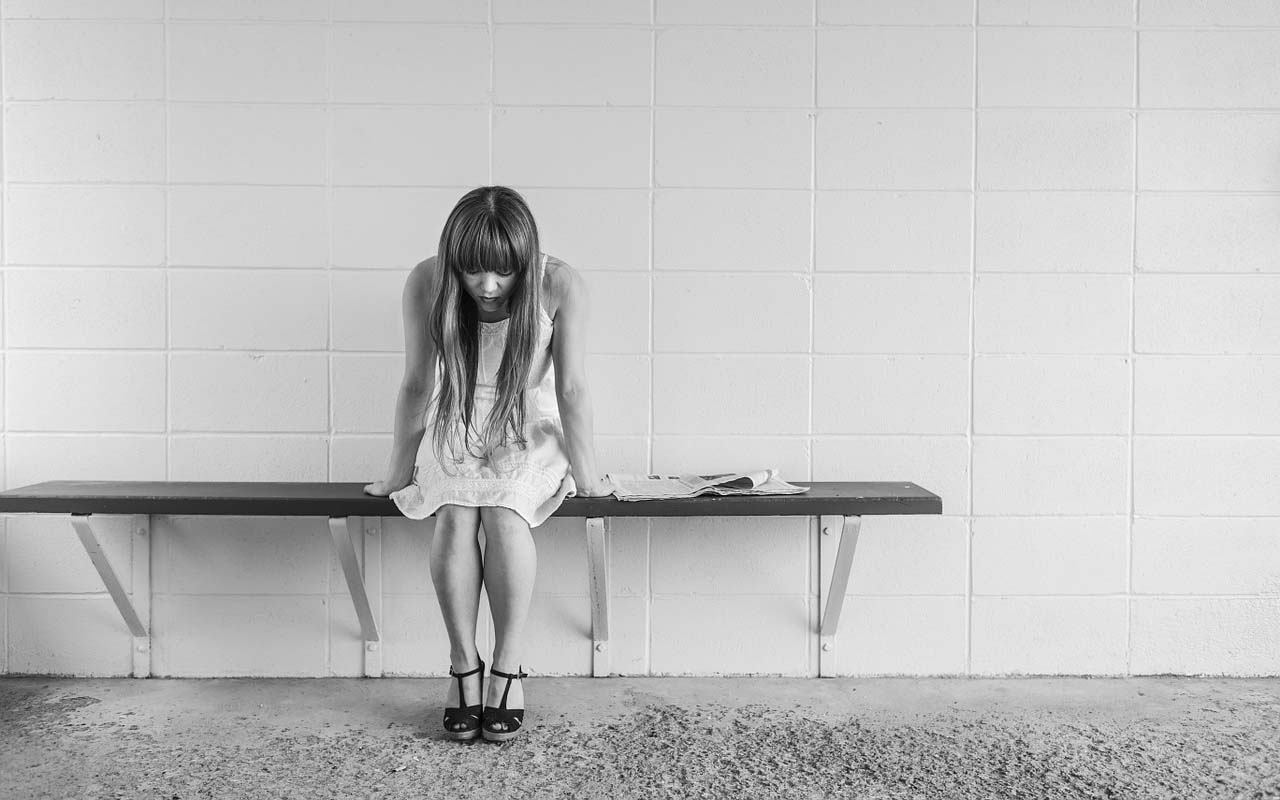 woman, detached, sad, crying, black and white