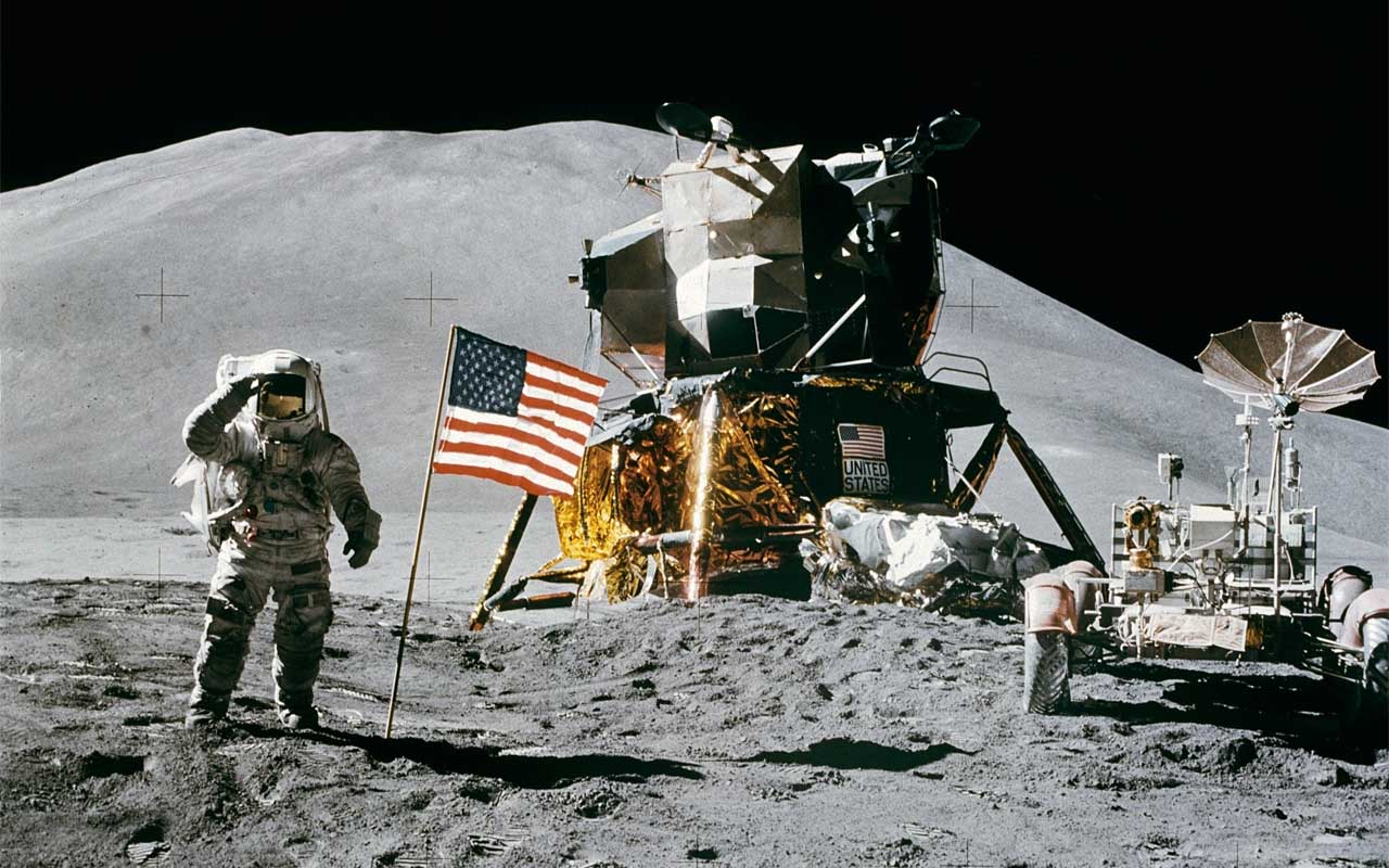 According to astronauts, the Moon smells like gunpowder.