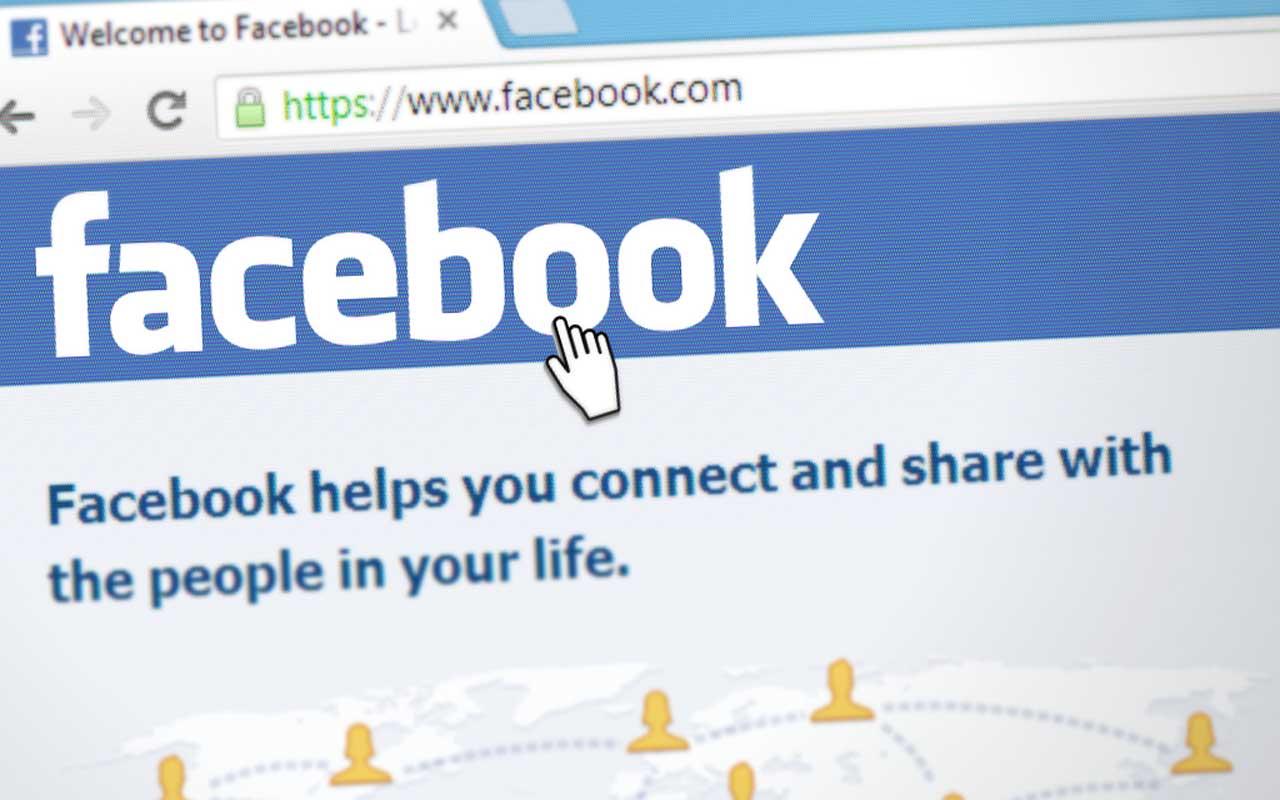 Facebook, Instagram, MySpace