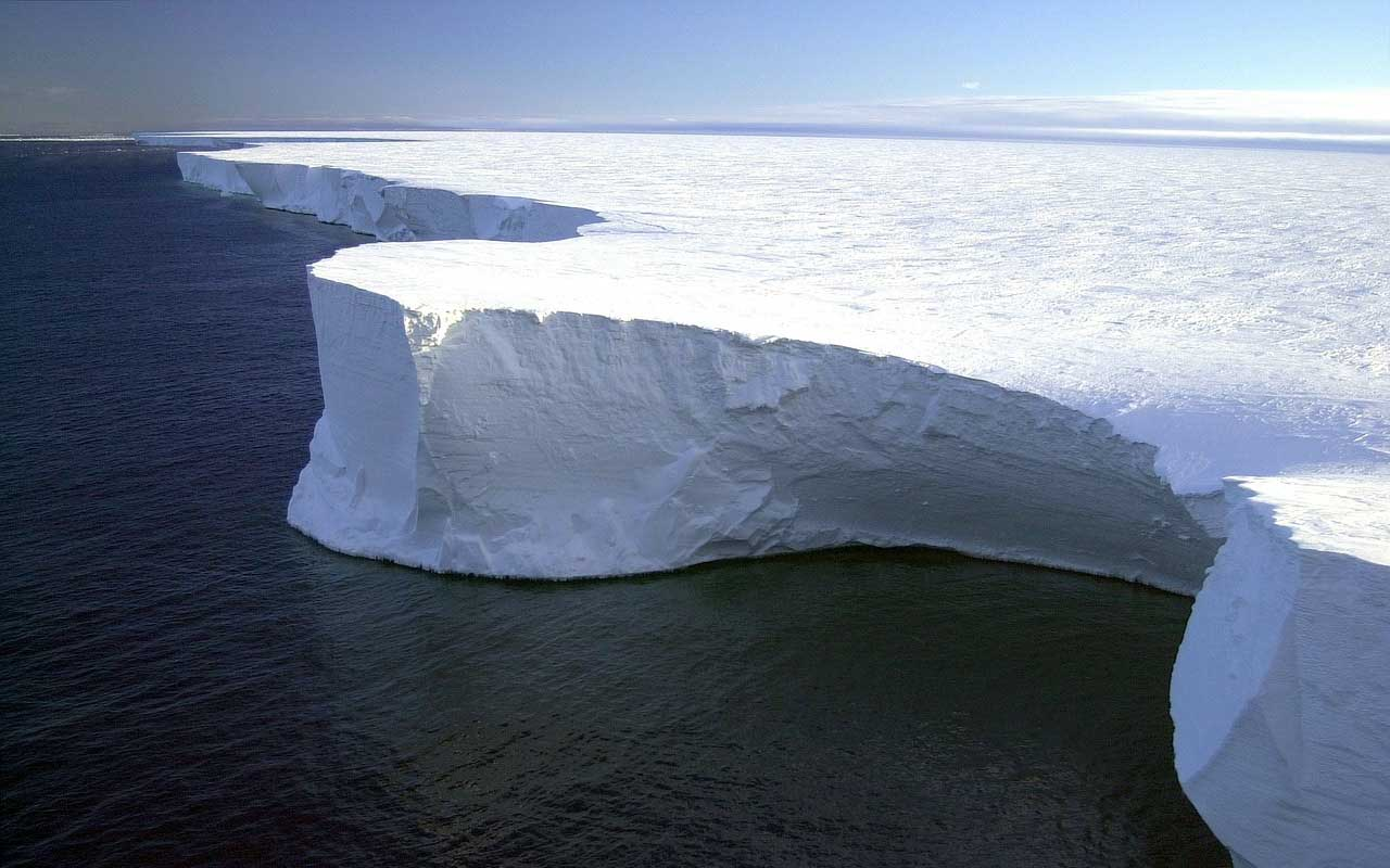 Antarctica, snow, rain, weather, desert