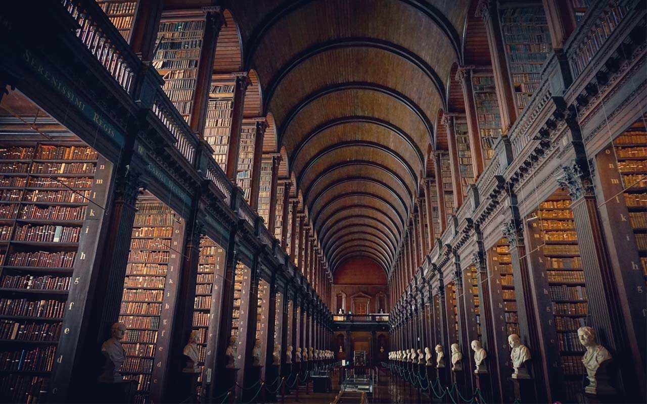 The library of Trinity College, Ireland, country, life