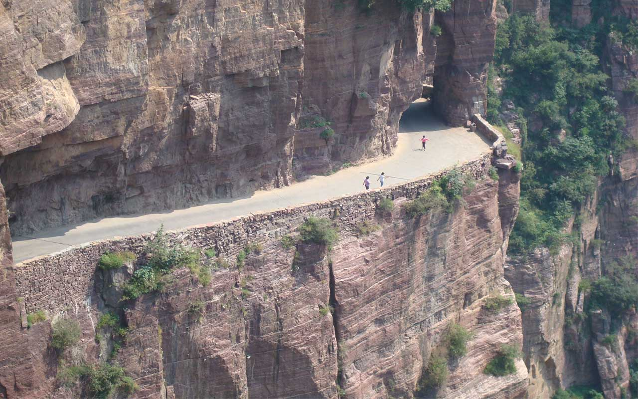 The Guoliang Tunnel in China, facts, travel