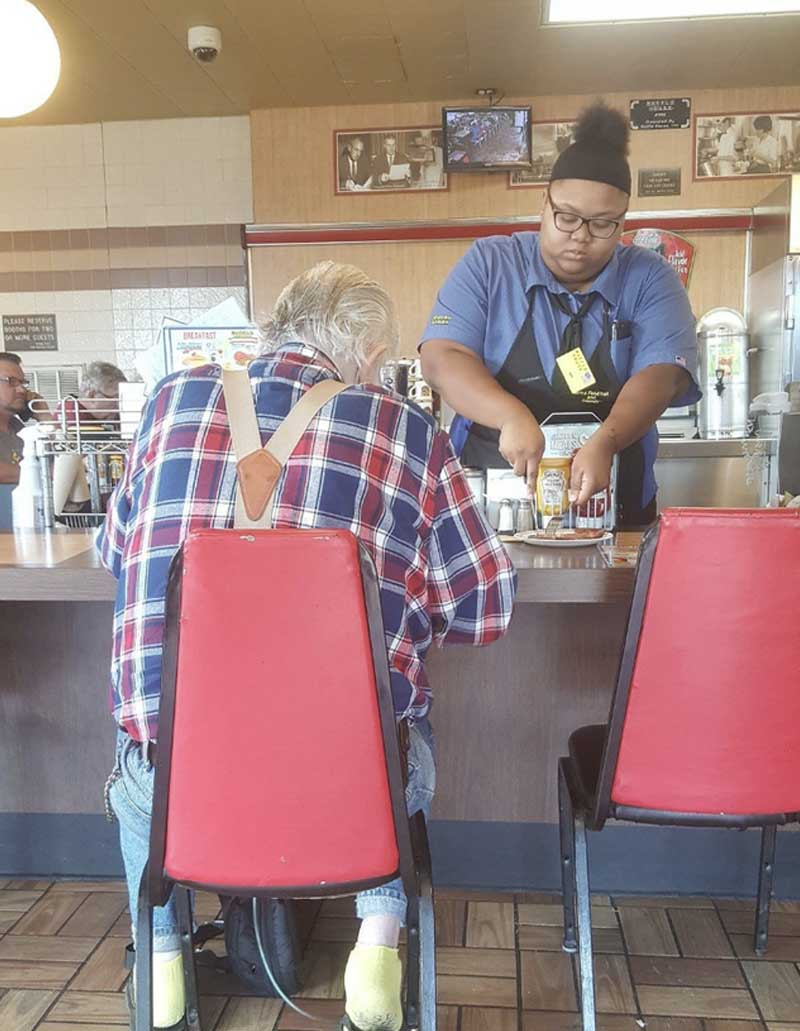 waffle house, food, lunch, people