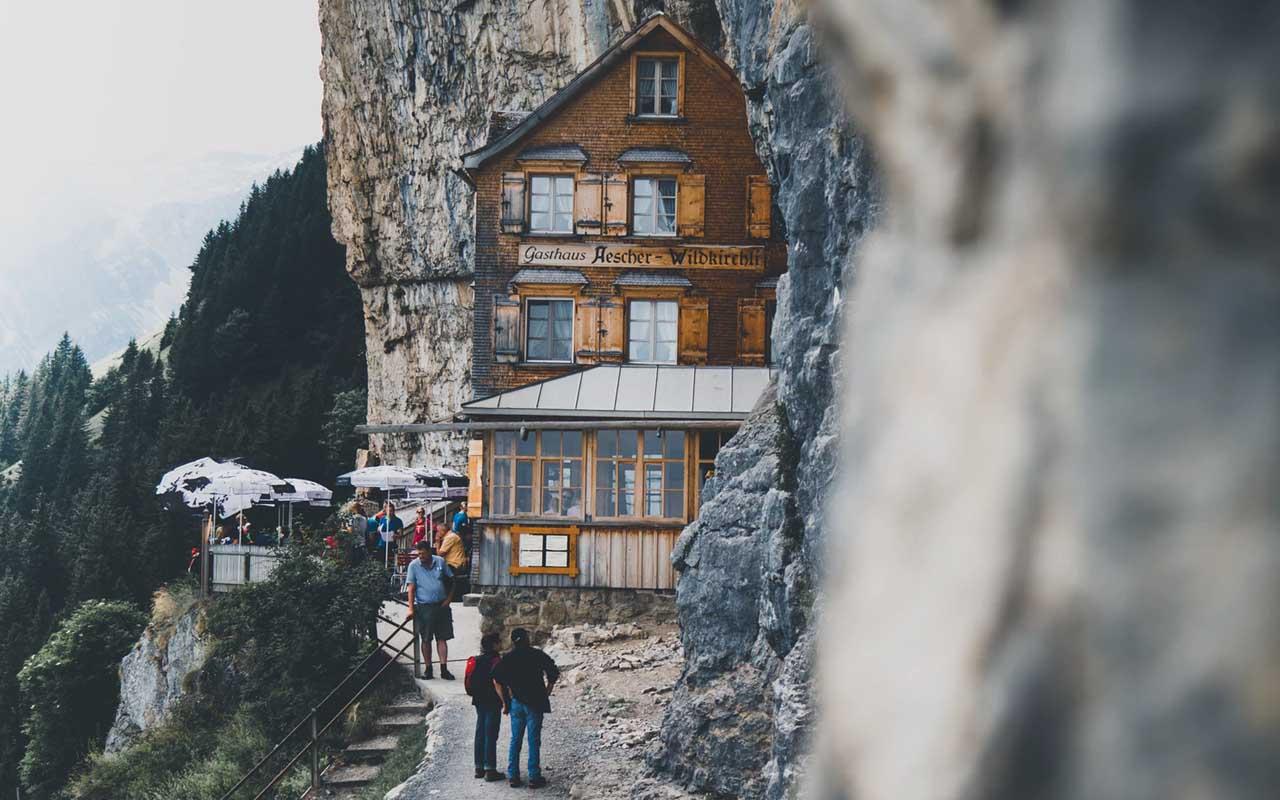 Äscher Cliff, Switzerland, hotel, restaurant, facts, wander