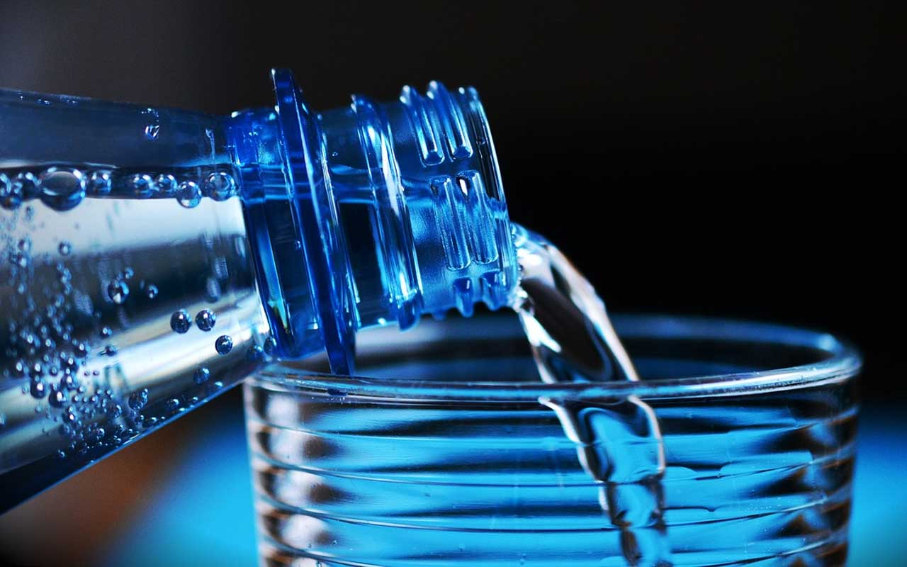 water, drinking, weight, facts, plastic