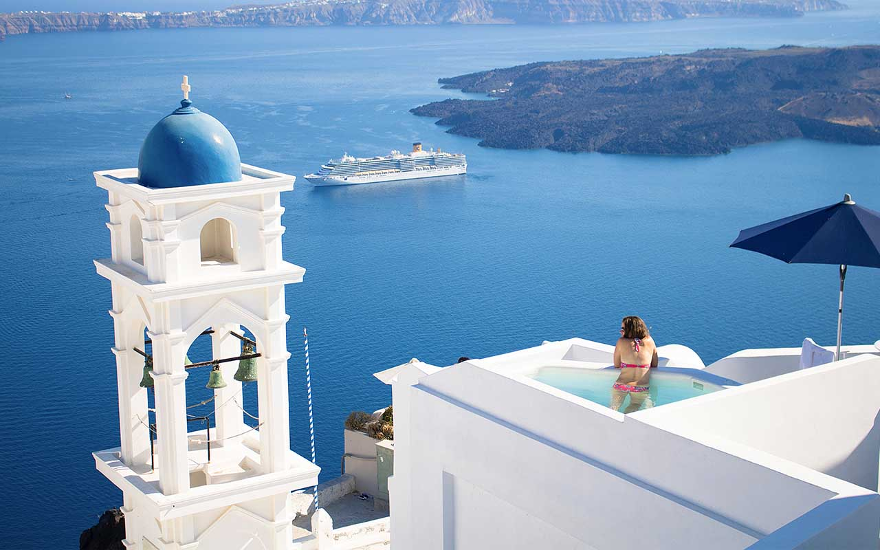 Santorini, Greece, life, travel, facts, people, beaches