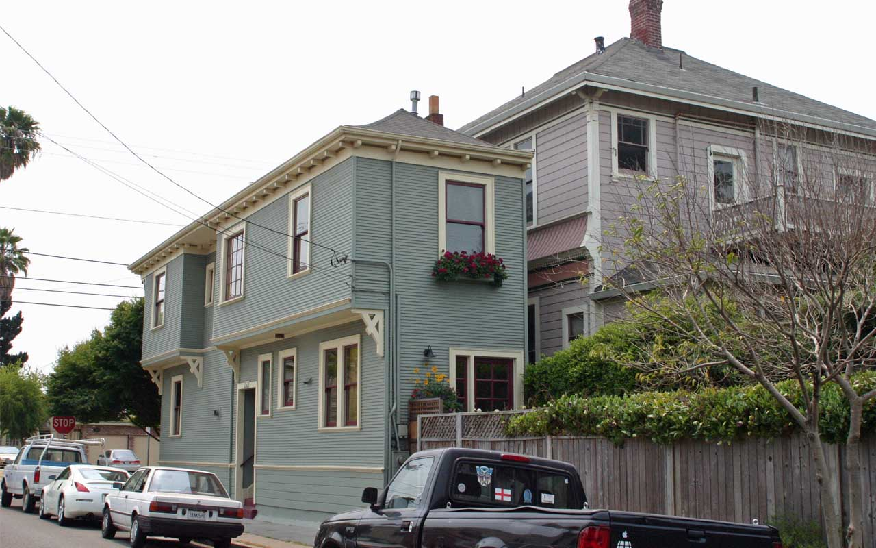 Alameda Spite House, facts, history, life, people, vengeance, anger