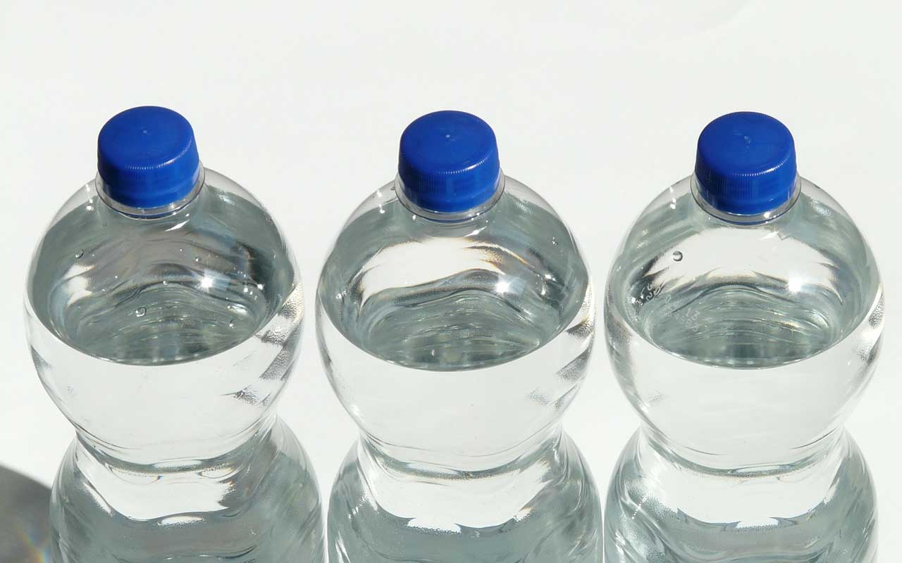drinking water, bottle, plastic, people, addicted, facts, science