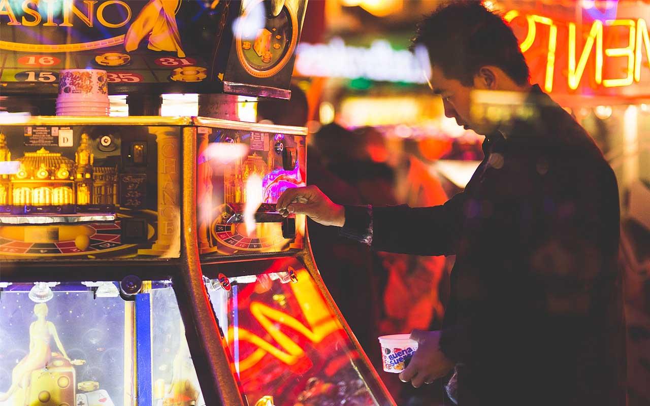 casinos, facts, money, Las Vegas, Nevada, life