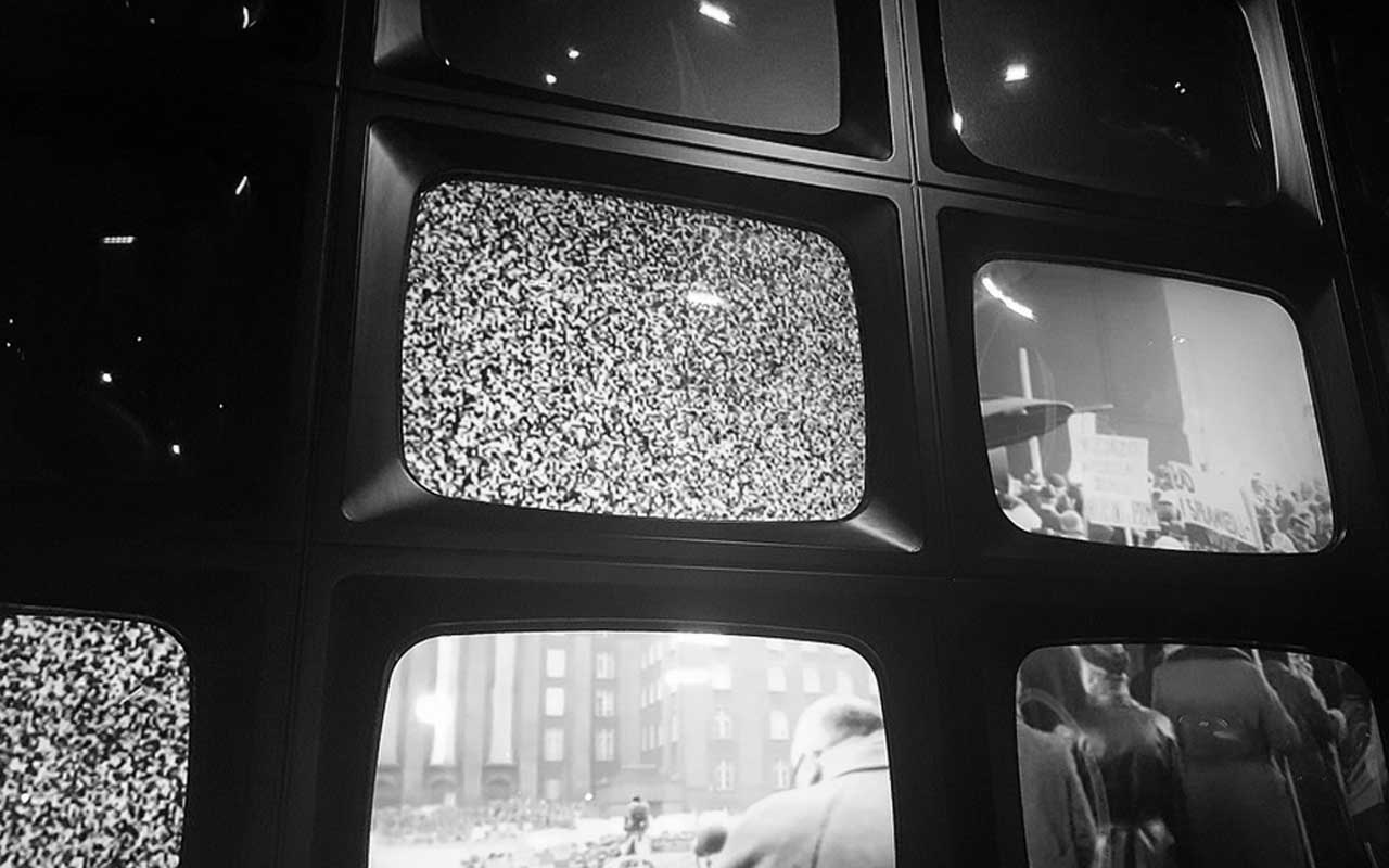 color tv, black and white, old, history, Sweden, facts, April Fools