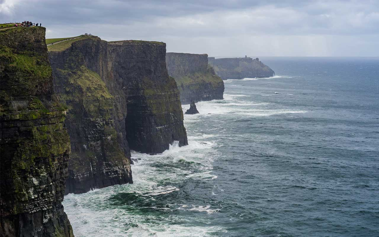 Cliffs of Moher, Ireland, facts, life, people, dangerous, travel