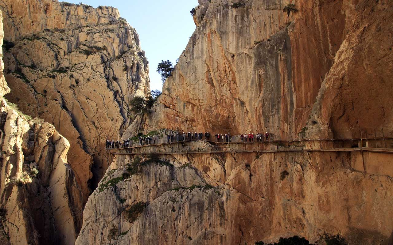 El Caminito Del Rey, Mexico, facts, destinations, life, people, weird