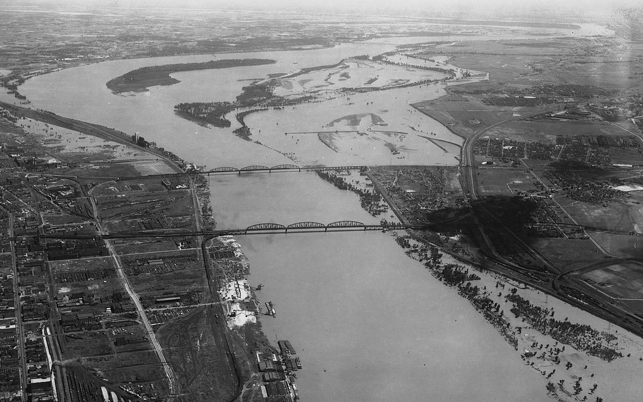 Mississippi River, Levee, flooding, facts, life, fictional, weird