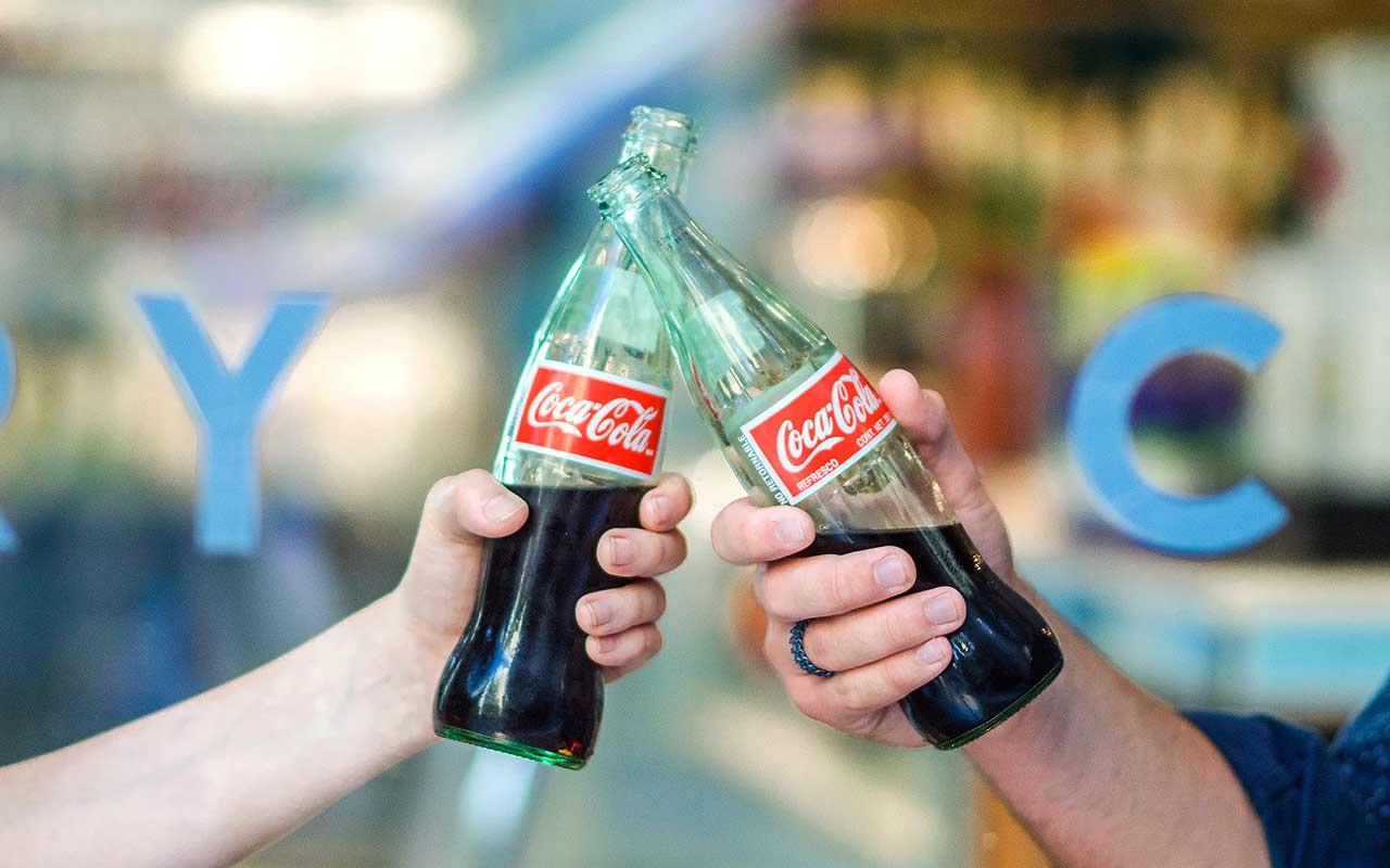 Coca Cola, beverage, drinks, facts, food, life, health, people